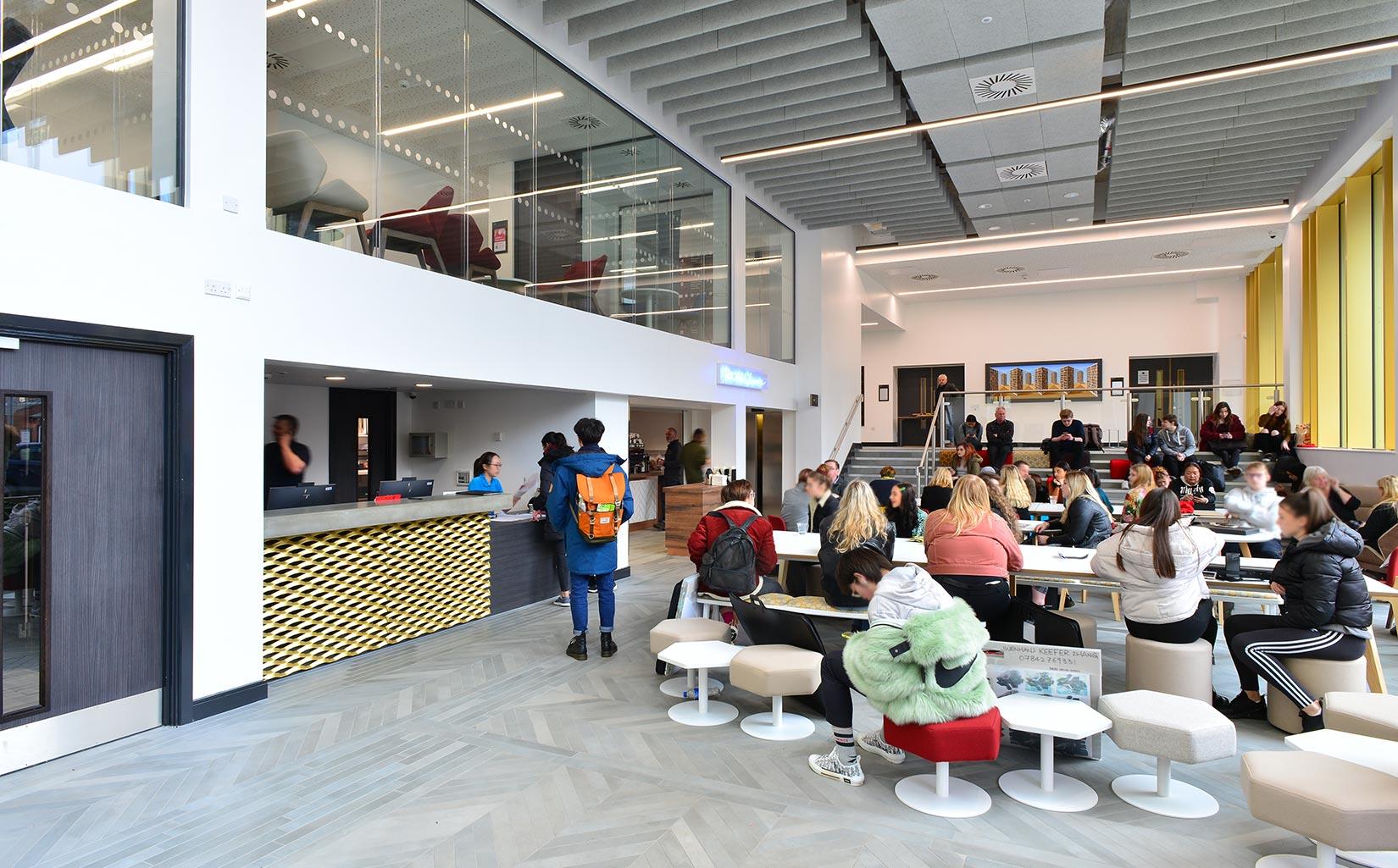 Leeds Arts University, Café