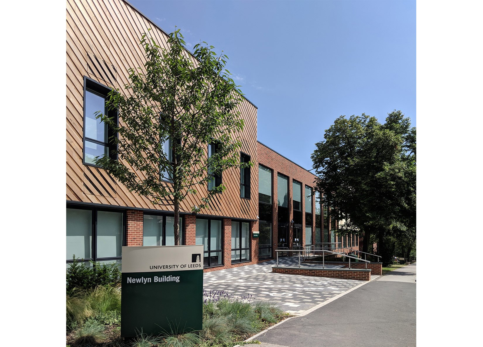 Newlyn Building, University of Leeds, landscaping and approach to the building