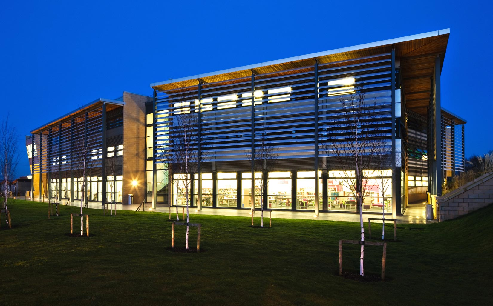 ackpool Sixth Form College, night time