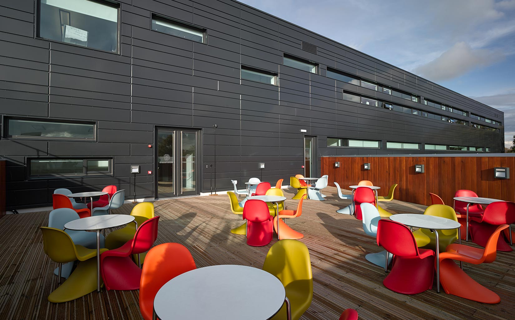 Nestlé Product Technology Centre, Exterior Seating Area