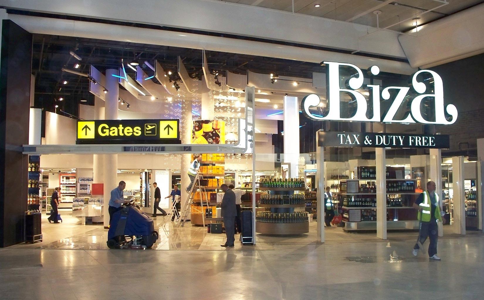 Alpha Retail, Terminal 1 Manchester Airport Biza retail unit for Alpha Retail