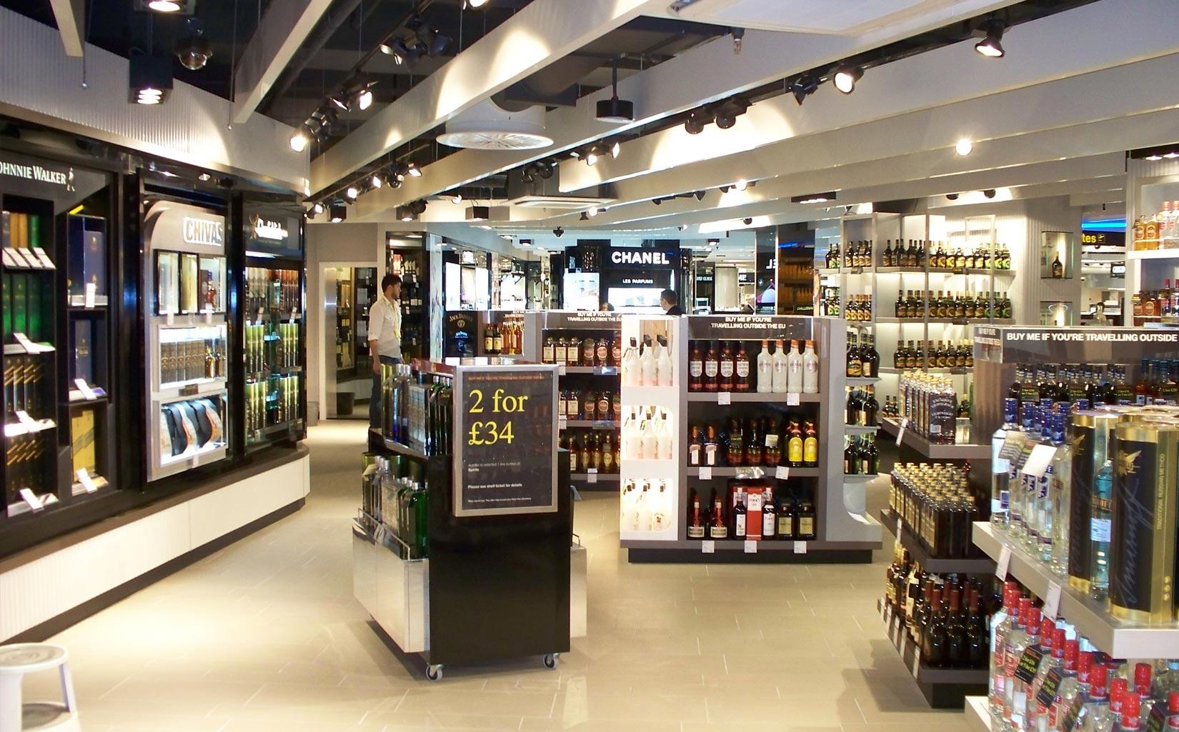 Alpha Retail, Terminal 1 Manchester Airport, Inside Biza retail unit wine