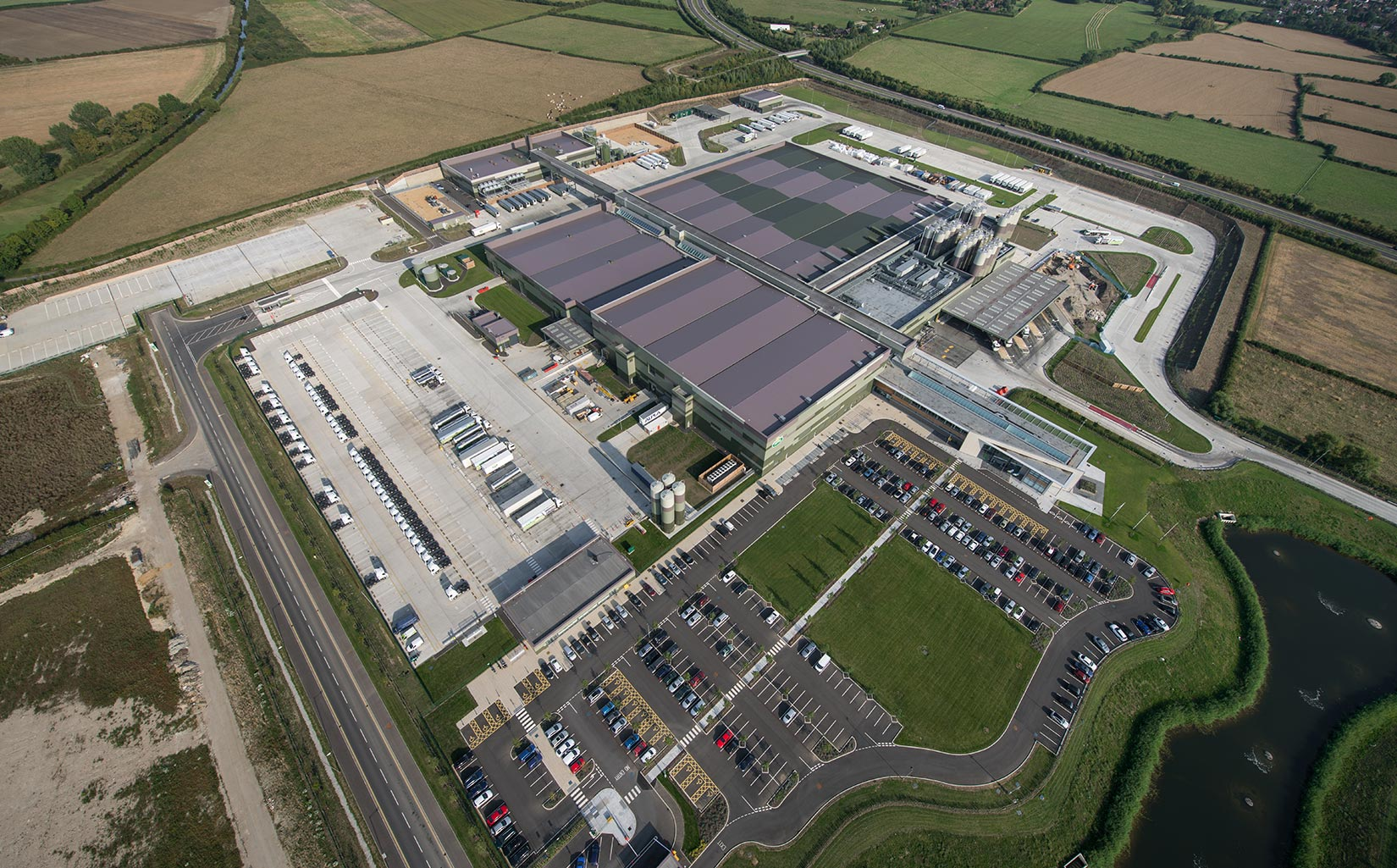 Arla Foods Dairy, Aylesbury, Aerial of the completed dairy