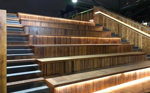 Jubilee Place, Borough Market, London, wooden steps