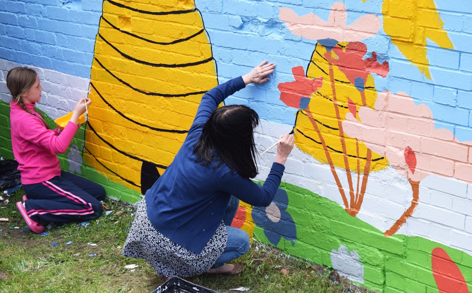 Women's Refuge, Leeds, Creating the Mural