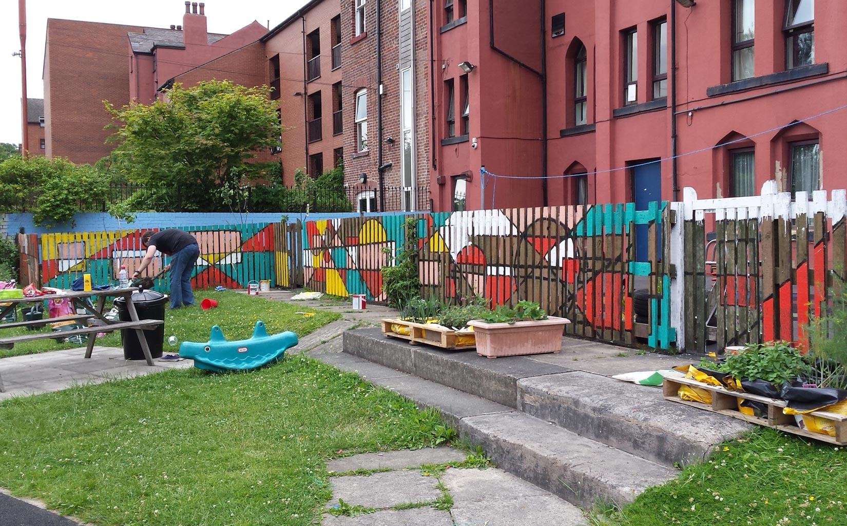 Women's Refuge, Leeds, Completing the Garden