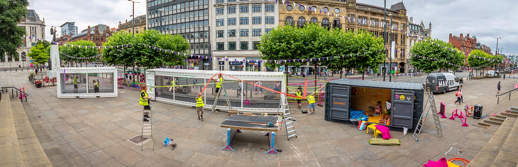 Pop Up and Play, Leeds, Construction