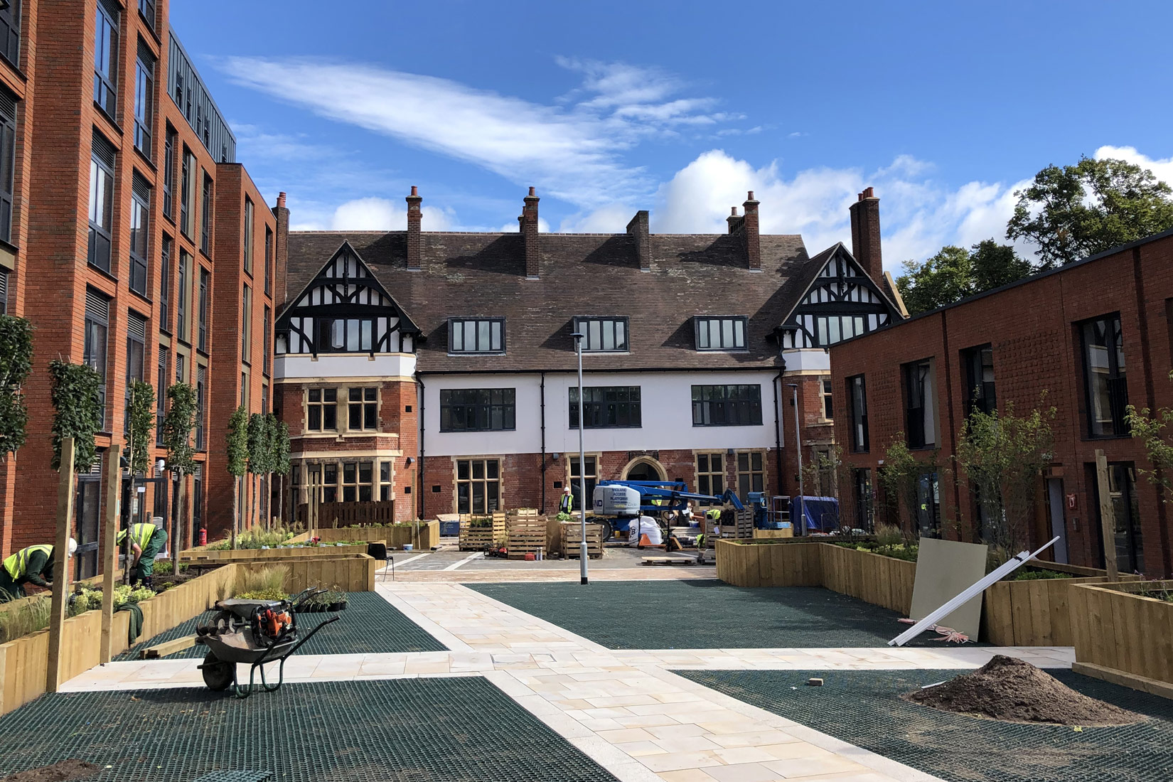 Eden Court, Coventry, onsite