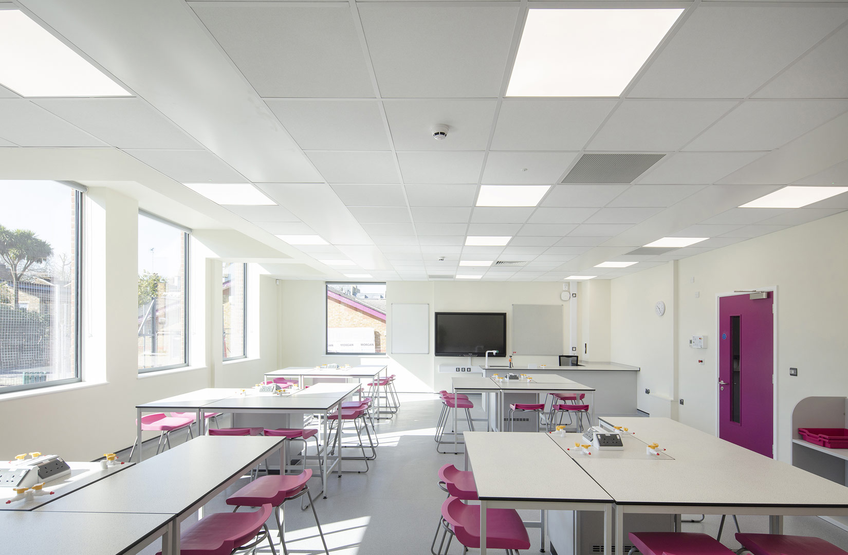 Fulham College Girls School, Classroom